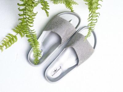 Ženske gumene papuče A4 srebrne