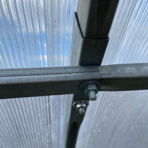 Sera policarbonat Energon 4x4 m, otel galvanizat 40x20 mm si policarbonat 4 mm