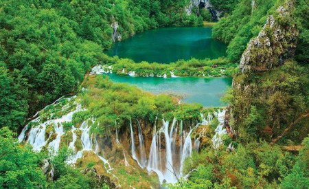 Tropical forest lake with waterfalls, nature wallpaper - 3601