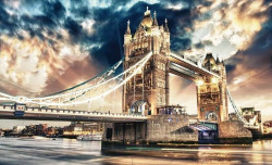 London bridge in the evening wall mural - 846