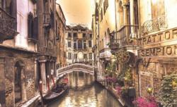 Gondola in Venice art wall mural - 1730