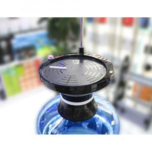 Автоматична помпа за вода с поставка за чаша