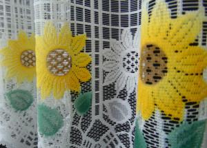 Set floarea soarelui alb, la bucata Model 51136 Siretul Pascani B
