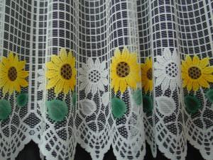 Set floarea soarelui alb, la bucata Model 51136 Siretul Pascani C
