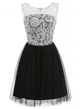Crna haljina sa tilom i belom cipkom
