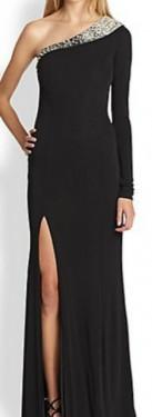 Duga crna haljina na jedno rame sa cirkonima