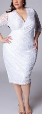 Bela cipkasta haljina za punije dame