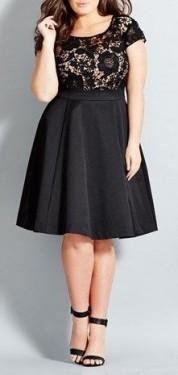 Crna cipkasta haljina sa bez podlogom