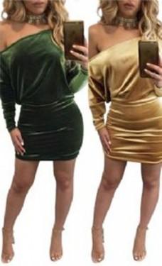 Zlatna haljina na jedno rame od plisa