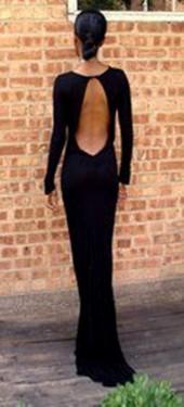 Crna duga haljina golih ledja