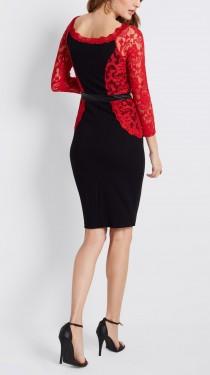 Crna haljina sa detaljima crvene cipke