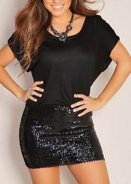Crna haljina sa detaljima diskica