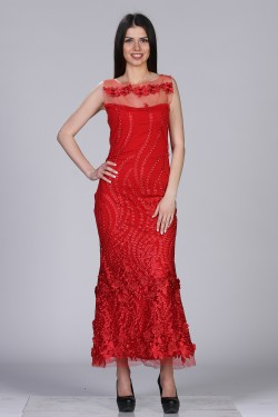 Duga crvena haljina sa 3D cvetovima
