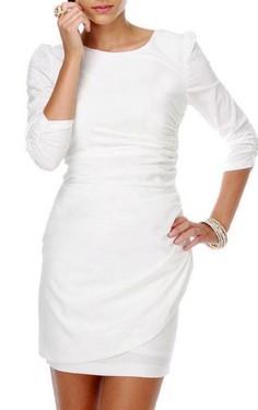 Bela haljina sa uvrtanjem na ledjima