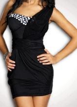 Crna haljina na jedno rame sa kamencicima