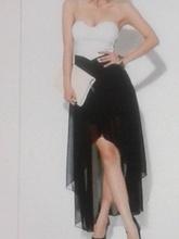 Crno bela haljina sa tilom
