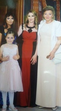 Duga crno crvena haljina sa crnim perlama