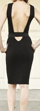 Crnka golih ledja haljina