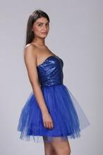 Plava haljina sa tilom i diskicima