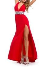 Duga crvena haljina sa kamencicima