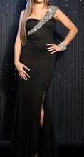Duga crna haljina sa cipkom i cirkonima