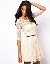 Bela cipkica haljina