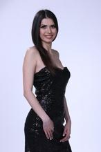 Duga crna haljina sa diskicima i cipkom 38/40