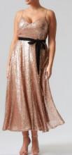 Zlatna haljina za punije dame