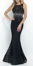 Duga crna haljina sa rasutim cirkonima na struku