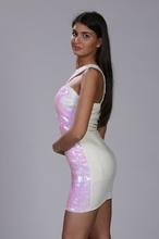 Roze haljina na jedno rame