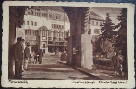 1941 - Targu Mures, intrare la Prefectura (jud. Mures)
