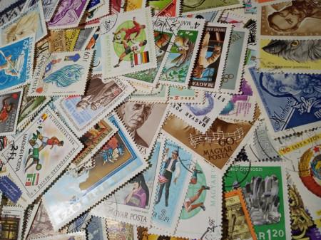 Plic filatelic - 100 de timbre Ungaria cu dubluri, stampilate