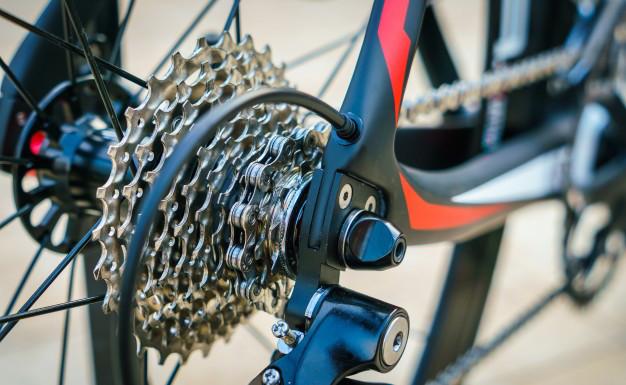 Cum schimbi corect vitezele bicicletei? 3 sfaturi pentru incepatori