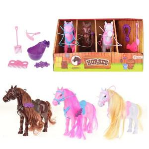 Set 3 figurine Toi-Toys Cai in Grajd cu Accesorii