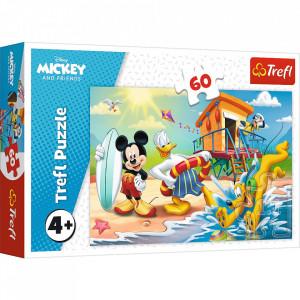 Puzzle Trefl 60piese - Distractie pe Plaja cu Mickey Mouse