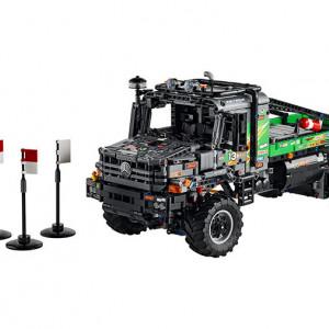 4x4 Mercedes Zetros Trial Truck