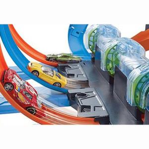 Set de joaca Hot Wheels, Corkscrew Crash