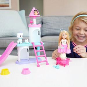 Set Barbie Princess Adventure - Papusa Chelsea si Castelul pentru Animale de Companie