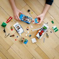 LEGO CREATOR VACANTA IN FAMILIE CU RULOTA 3IN1 31108