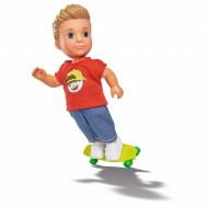 Papusa Timmy pe skateboard, Steffi Love