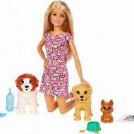 Set de joaca Papusa Barbie cu 4 catelusi