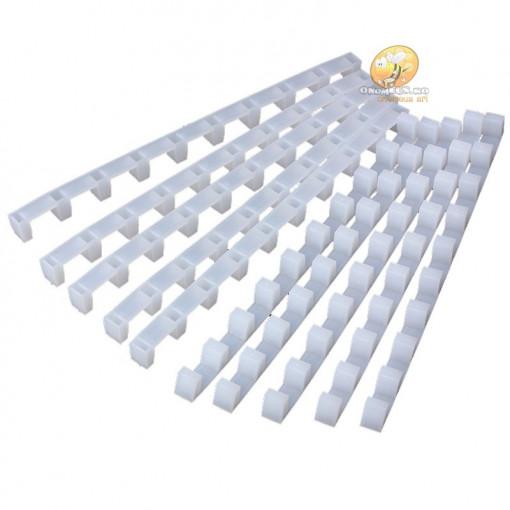 Disntantiere din plastic pentru rame 9 pozitii