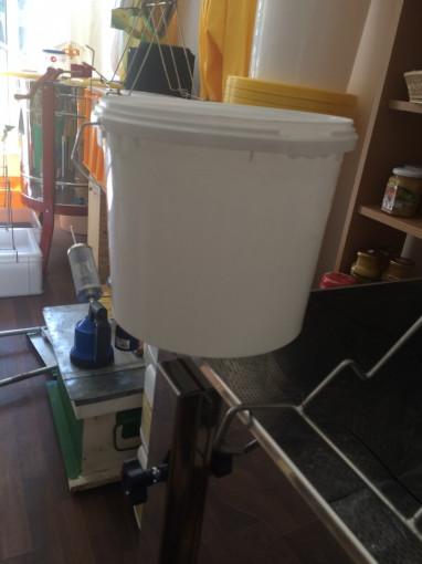 galeata pentru miere de 7.7 kg