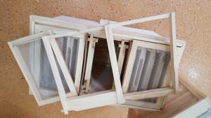 Nucleu din lemn imperechere matci cu 3 compartimente rama 1/1 rupta