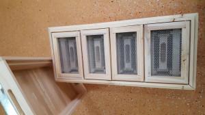 Nucleu din lemn imperechere matci cu 4 compartimente rama 1/2 pliata