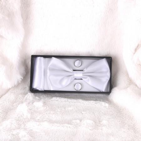 Pachet papion cu butoni și batistă - Cumpără îmbrăcăminte, încăltăminte și accesorii de calitate cu un stil aparte mereu în ton cu moda, prețuri accesibile și reduceri reale, transport în toată țara cu plata la ramburs - Deppo.ro