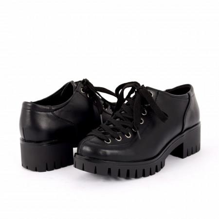 Pantofi pentru dame cod D50082 Negri - Pantofi pentru dame, din piele ecologica cu închidere prin șiret Foarte comozi potriviți pentru ieșirile de zi cu zi . - Deppo.ro