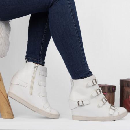 Pantofi Sport Cod 644 - Pantofi sport din piele ecologică cu platformă.  Închidere prin fermoar.  Foarte comfortabili. - Deppo.ro