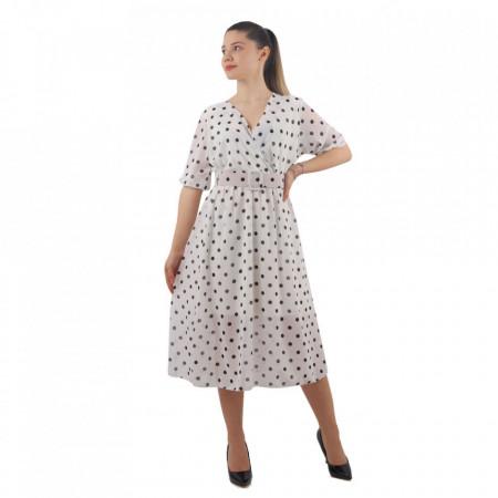 Rochie Amy White - Rochia Amy îți conferă o ținută elegantă și armonioasă. Este o rochie cu decolteu, în cloș, iar în zona taliei are ca accesoriu o curea. - Deppo.ro