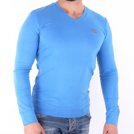 Bluză Travis Azure - Bluza simplă este cel mai versatil articol vestimentar din sezonul rece, o piesă cu reputaţie a stilului casual având compoziţia 81% Viscoză şi 19% Nailon - Deppo.ro